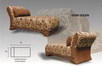 Model: IVAN DIVAN